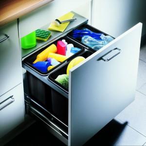 Blancoflexon 60/3 – sorter wyposażony w 3 pojemniki na 3 rodzaje odpadów, do szafki o szer. 60 cm, do montażu w szafkach z wysuwaną szufladą, 699 zł, Blanco/Comitor.