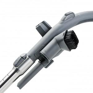 Uchwyt VarioClip – do wygodnego montowania potrzebnych szczotek, standard  w całej serii Crooser. Fot. Thomas.