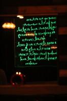 """Projekt i realizacja aranżacji restauracji wietnamskiej w Warszawie """"Four Seasons"""" – projekt obejmuję również lifting loga oraz projekt aranżacji witryny i reklamy świetlnej zewnętrznej."""