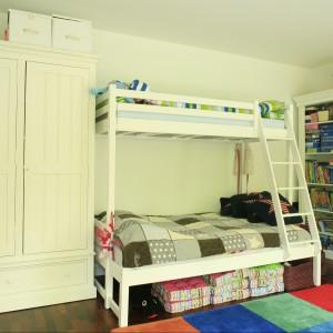 W pokoju rodzeństwa nie mogło zabraknąć łóżka piętrowego. Fot. Archiwum Dobrze Mieszkaj.