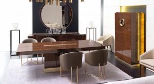 Połączenie salonu z jadalnią to znakomity pomysł na aranżację dużego pomieszczenia. Z wykorzystaniem eleganckich mebli i klasycznych dodatków można stworzyć wytworne wnętrze, do którego zaprosisz na szybką kawę lub wystaw