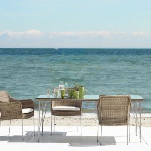 Stół Jupiter marki Sika Design dostępny w wielu rozmiarach i wykończeniach blatu. Fot. Sika Design.