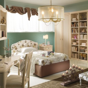 Książęcy pokój nie musi być różowy. Równie dobrze wygląda w zielono-kremowej kolorystyce. Fot. Spar.