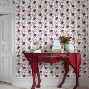 Motyw dla odważnych - kwiaty w intrygującej, nieco geoemtrycznej formie. Kolekcja Rose marki Eco Wallpaper. Fot. Eco Wallpaper. E