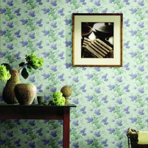 Piękne kwiaty znalazły się w kolekcji tapet Blue Mountain. Fot. Blue Mountain/BM Polska.