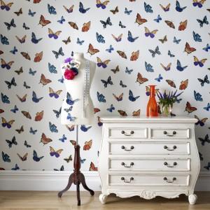 Fabulous by Julien MacDonald to kolekcja tapet jedyna w swoim rodzaju. Znalazł się w niej także piękny motyw z motylami. Fot. JVD.