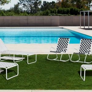 Biały leżak z kolekcji InOut marki Gervasoni. Fot. Gervasoni.