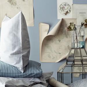 Komplet pościeli z lekkiej bawełny  z nadrukiem delikatnych pasków. Fot. H&M Home.