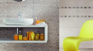 Energetyczne pomarańcze i słoneczne żółcie ożywią łazienkę, niezależnie od jej stylu czy dominującej kolorystyki. Wystarczą gustowne dodatki – flakony, ręczniki, krzesełko czy obrazki.