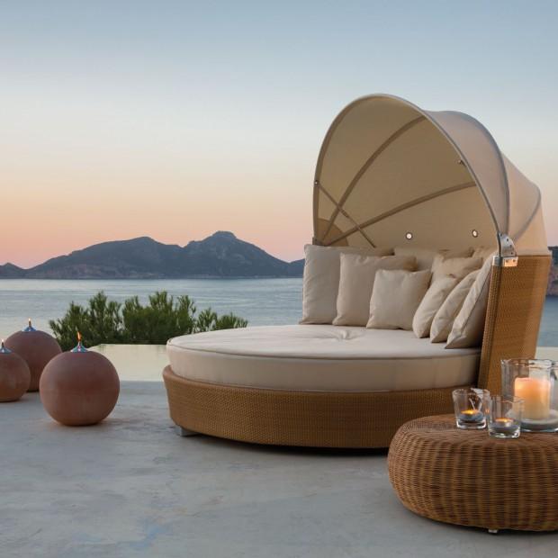 Łóżko dla dwojga. 13 pomysłów na relaks w ogrodzie