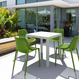 Lekki i eleganckie krzesła z kolekcji Air marki Siesta dostępne w 7 kolorach. Fot. Siesta.