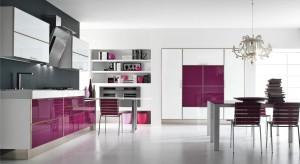 Delikatny lub intensywny. W tonacji zimnej lub ciepłej. Kolor fioletowy w każdym wydaniu będzie wyglądał pięknie. Wybierzecie go do swojej kuchni.