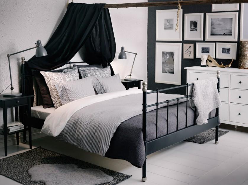 Łóżko Svelvik wykonane ze...  Polecamy meble do sypialni: kute i metalowe łóżka