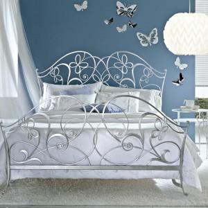 Łóżko Papillon z kolekcji Classic to bogato zdobiona, dekoracyjna rama łóżka..Fot.Ciacci.