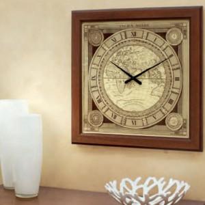 Zegar Ancien Monde podkreśli charakter klasycznego salonu czy gabinetu. Fot. Tonin Casa.