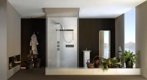 Do ułożenia ikebany wystarczy gałązka, skromny kwiatek i odrobina wyczucia artystycznego. Jest idealna do dekoracji łazienek.