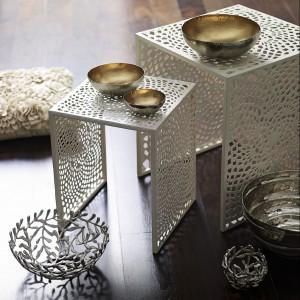 Złote i ażurowe miseczki są praktyczne, a zarazem dekoracyjne. Fot. Debenhams Deutschland.