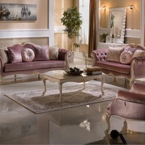 Barokowy salon, w którym dominuje kobiecy róż. Fot. Istikbal.
