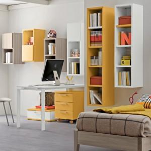 Część modułów mebli młodzieżowych marki Colombini Casa jest w żółtym kolorze. Fot. Colombini Casa.