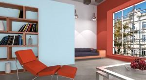 Wybór kolorów ścian to ważna decyzja w czasie każdego remontu czy urządzania wnętrza. Jakie kolory warto wybierać? I jak je zestawiać ze sobą żeby nie popełnić błędu?