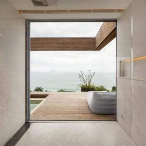 Widok na ocean. Fot. Arthur Casas Studio.