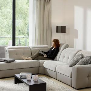 Pikowana sofa narożna Aura - Nevada. Fot. Grege.