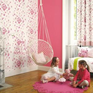 Urocza tapeta z kolekcji My Room marki Casadeco. Fot. Casadeco.
