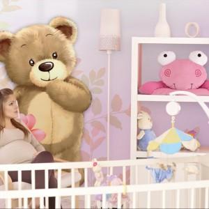 Ekologiczna tapeta ze słodkim misiem dostępna w sklepie Minka Kids. Fot. Minka Kids.