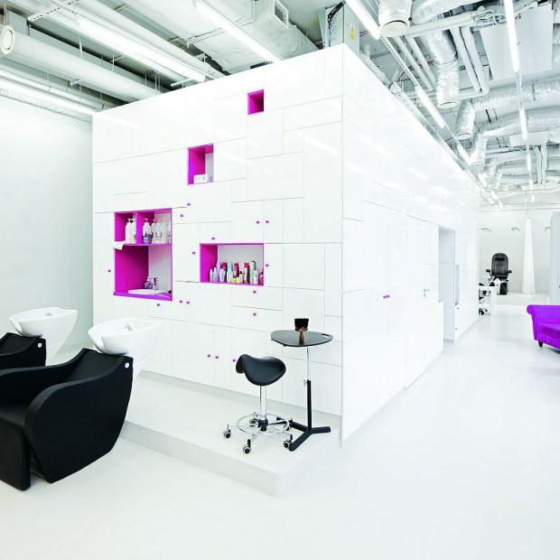 Biurowa kosmetyka. Salon kosmetyczny Hair&Nail Concept