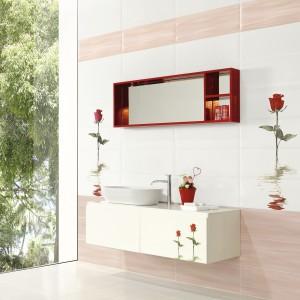 Płytki ceramiczne z kolekcji Blink marki ElBarco do skompletowania z płytkami dekoracyjnymi z motywem róży. Fot. ElBarco.