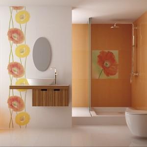 Płytki ceramiczne w kolorze białym oraz energetycznej pomarańczy z kolekcji Organza Halcon Ceramicas. Do wyboru dedykowane dwa motywy dekoracyjne z pięknymi makami. Fot. Halcon Ceramicas.