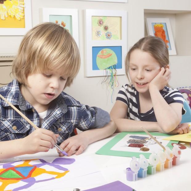 Galeria rysunków dziecka - świetny sposób na dekorację ściany