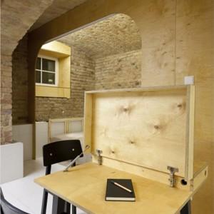 Stół do domowego gabinetu