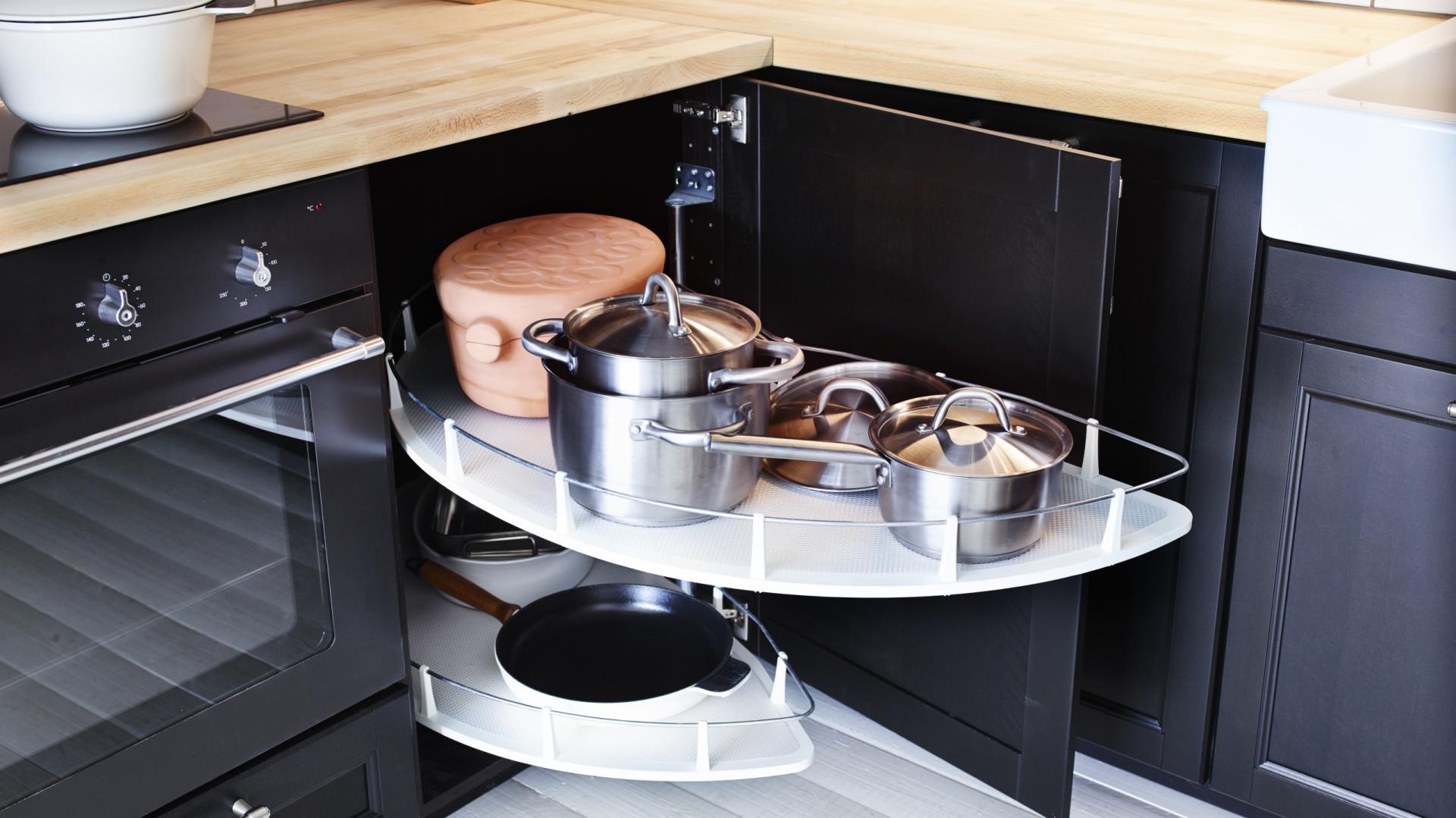 Przechowywanie W Kuchni Pomysly Na Szafki Narozne