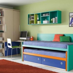 Pokój dostosowany do potrzeb chłopca w wieku gimnazjalnym. Fot. Circulo Muebles.