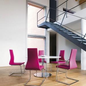 Metalowe schody w stylu loft. Fot. Ebano Design.