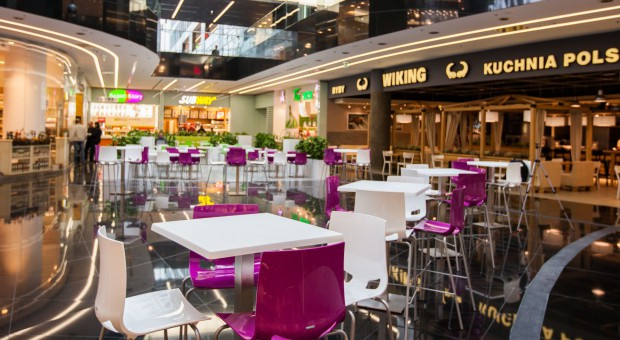 Trzy w jednym. Food court w Warszawie