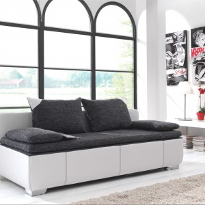 Nowoczesna, dwukolorowa sofa marki Matelpro. Fot. Matelpro.