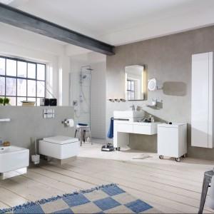 Atmosferę energetyzującej metropolii podkreśli aranżacja łazienki Esprit, wyposażonej w armaturę Kludi. Fot. Kludi.