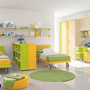 Zgrany optymistyczny duet zieleni z barwą żółtą. Fot. Colombini Casa.