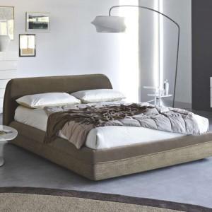 Tapicerowane łóżko Supersoft. Fot. Kler.