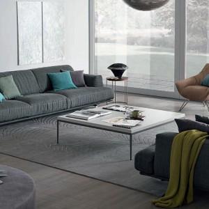 Minimalistyczna sofa Madison marki GAB. Fot. GAB.