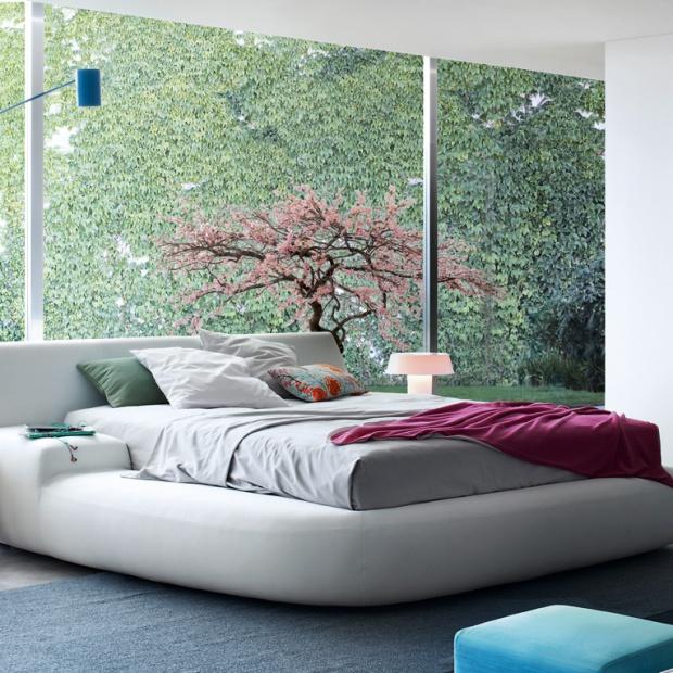 Paola Navone. Zobacz projekty łóżek prosto z Włoch