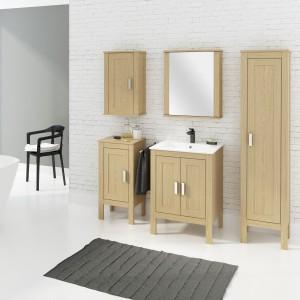 Meblami Malmo marki Defra wykonanymi z litej dębiny możemy urządzić zarówno łazienki utrzymane w stylistyce klasycznej, jaki i postindustrialnej. Ponadczasowy styl tej kolekcji podkreśla tradycyjna linia frontów oraz masywna, ceramiczna umywalka Mona. Fot. Defra.