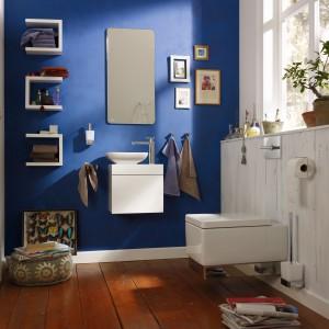 Esprit home bath concept marki Kludi to kompletna propozycja wysokiej klasy wyposażenia łazienek. Modułowe meble pozwalające na tworzenie dowolnych zestawów oraz bogata gama akcesoriów łazienkowych utrzymanych w stylistyce soft edge czynią z łazienki miejsce, gdzie możemy poczuć się komfortowo i ekskluzywnie. Fot. Kludi.
