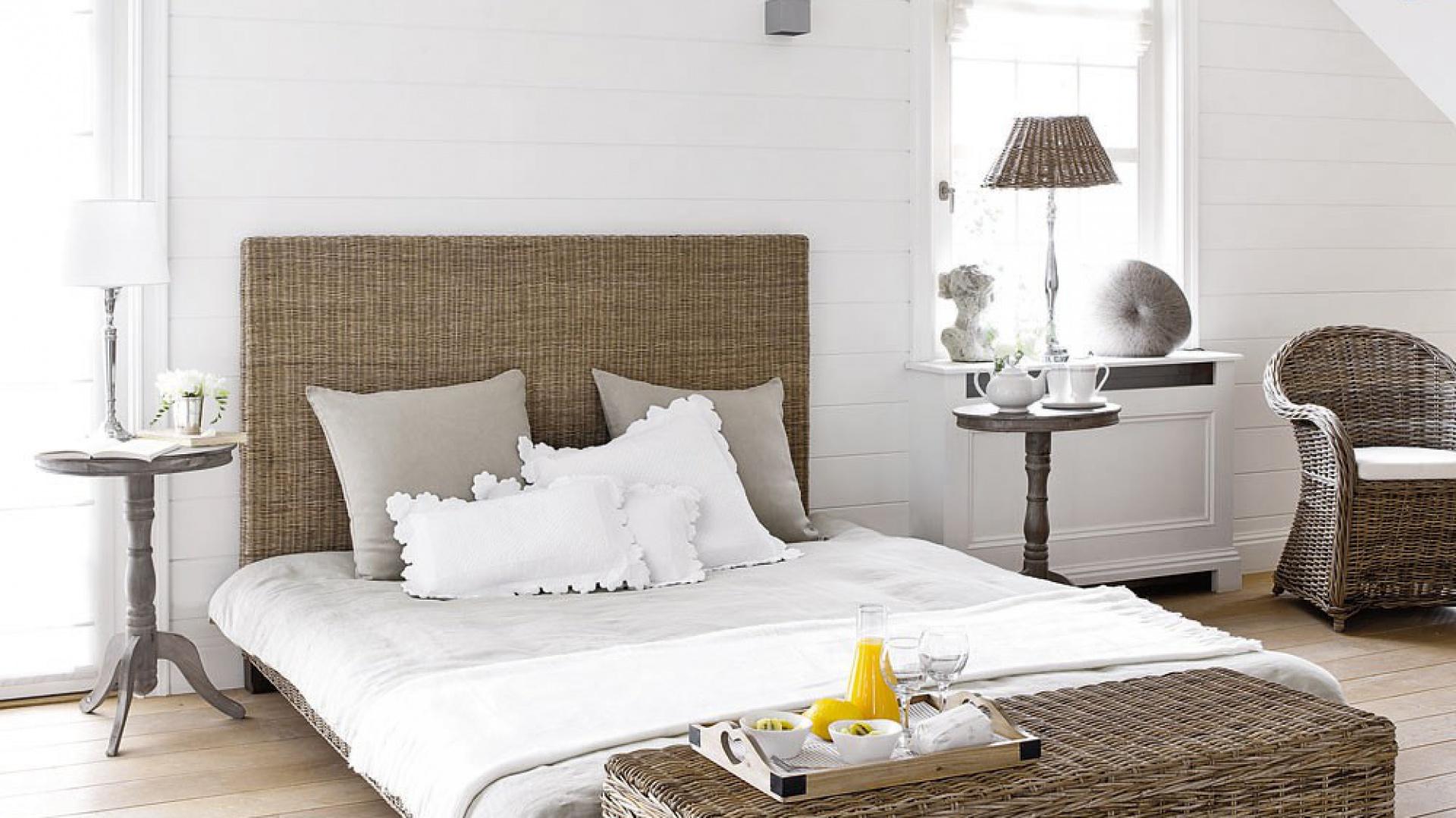 Białe ściany W Sypialni 15 Inspirujących Aranżacji