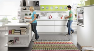 Kolorowe meble wnoszą do kuchni witalność i sprawiają, że staje się ona bardziej widoczna na mapie domu czy mieszkania. Jeśli zastanawiacie się, czy warto postawić na kolor w strefie kulinarnej zajrzyjcie do naszej galerii.