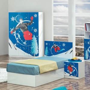 W tym pokoju na pewno mieszka miłośnik sportów zimowych. Fot. Turkish Home.