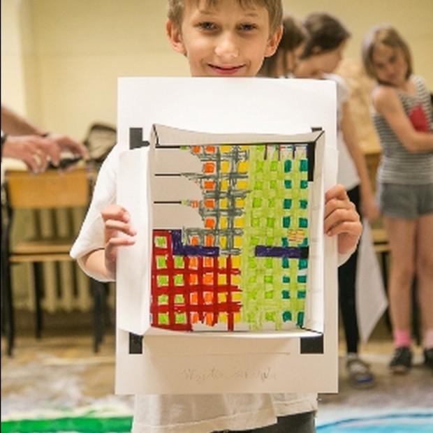 6-latki projektują łazienkę z Tubądzinem