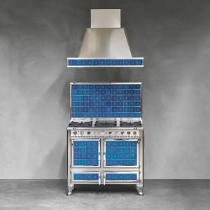 Kuchenkę wyposażono w termometr umożliwiający sprawdzenie temperatury wewnątrz pieca. Fot. J.Corradi.